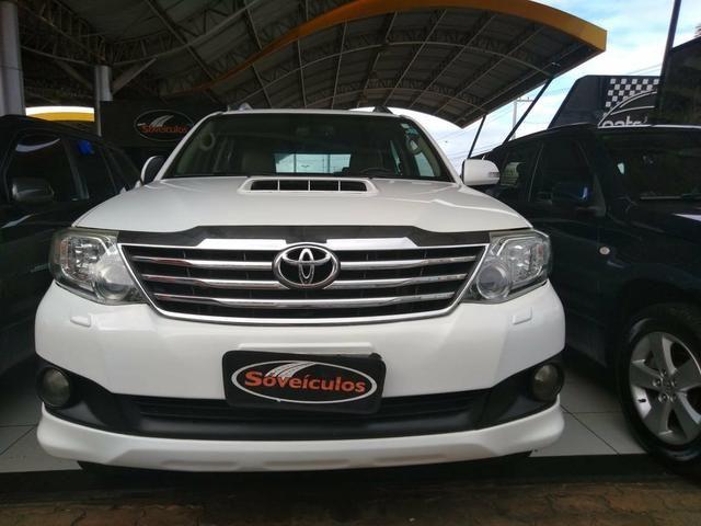 Toyota Hilux SW4 2013 - Foto 2