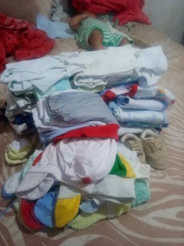 Berco,roupinhas e 2 kits do berco - Foto 2