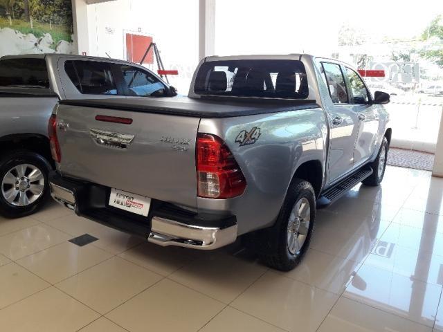 Toyota Hilux Cabine Dupla SRV 4P - Foto 3