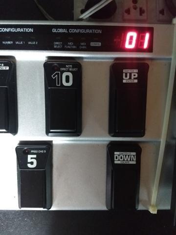 FCB 1010 Midi Foot Controller Behringer - Foto 3