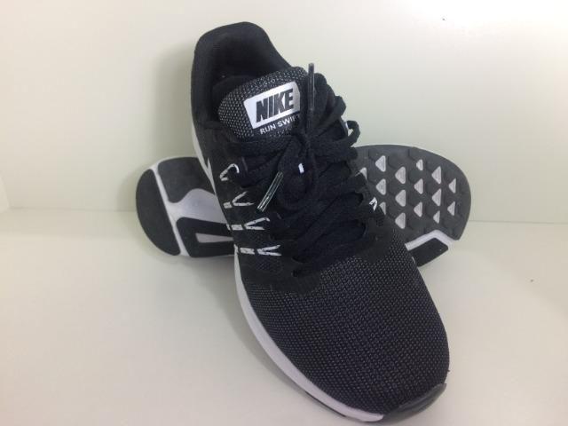 Tenis Nike Feminino Run Swift original treino, corrida T. 35