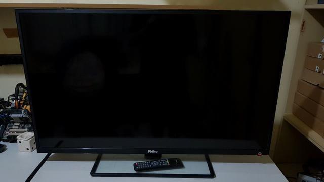 "TV 42"" LED Philco - Foto 2"