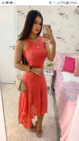 Alguém que tenha modelos de vestidos IGUAIS à esses, tenho interesse - Foto 5