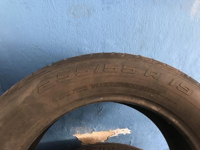 Vendo pneu aro 19 255/55 pneus com mais de 70% de borrachas - Foto 5