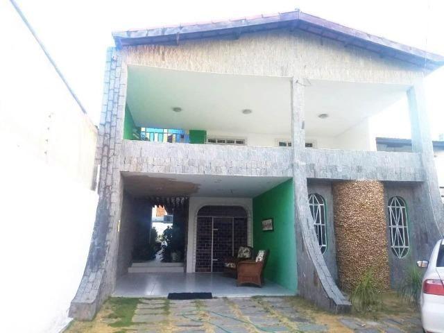 CA1792 Casa Residencial na Cidade dos Funcionários, 3 quartos, 3 vagas de garagem