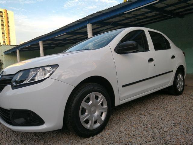 Renault Logan 2017 1.0 Oportunidade! - Foto 6
