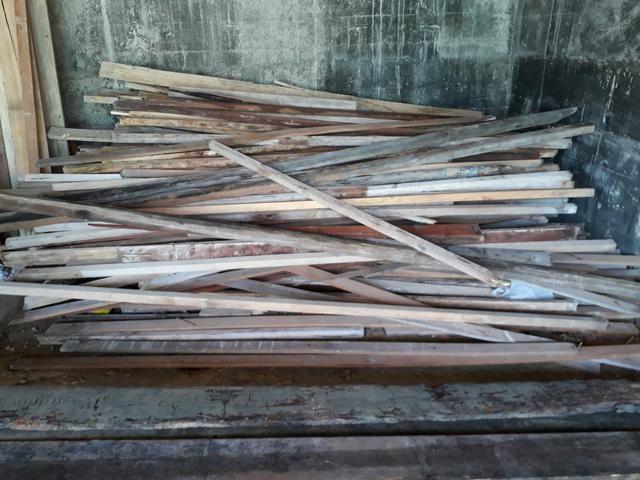 Tábua ,caibrinho e ripão azimbre cortada na fita / R$ 50 por dúzia - Foto 2