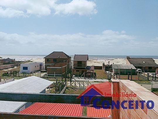 C06 - Belo sobrado em ótima região a 100 metros do mar - Foto 3