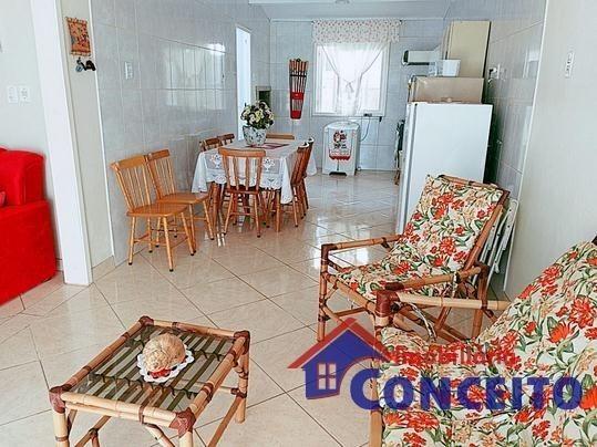 C11 - Linda residência com suíte em região de moradores - Foto 16