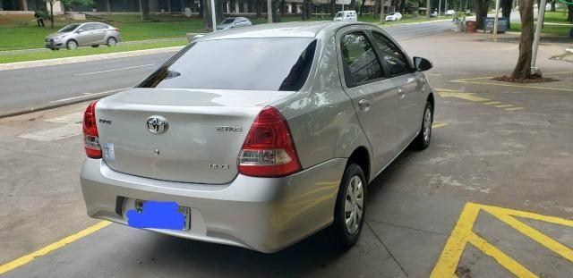 Carro Toyota Etios Sedan XS 1.5 18/19 - Foto 3