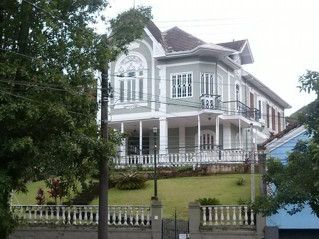 Vendo casa centenária restaurada