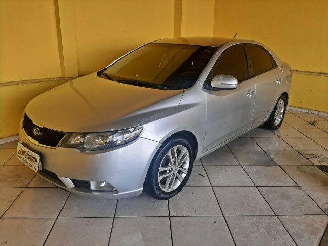 Kia Cerato EX3 1.6 Aut Completo Com Couro e IPVA 2021  pago!!