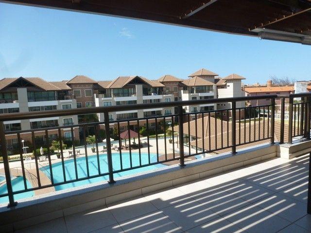 Vende-se excelente cobertura duplex no condomínio Mediterrané