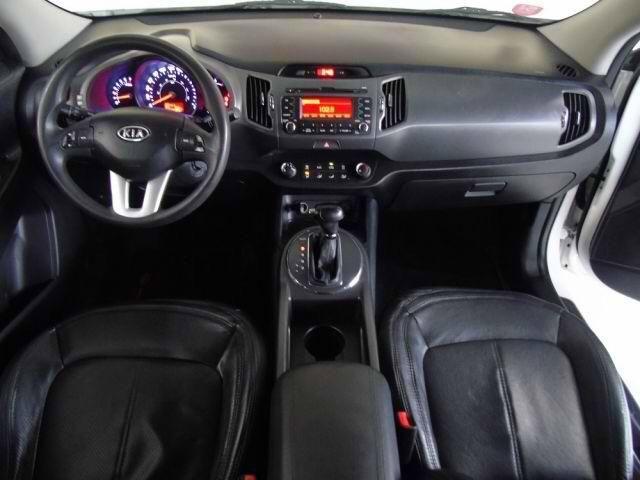 Perfect 2012 KIA Sportage LX 4X2 2.0 16V Branco, 4 Portas, Automático, Gasolina