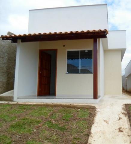 Excelente casa nova de 2 quartos a venda na praia de Santa Mônica em Guarapari