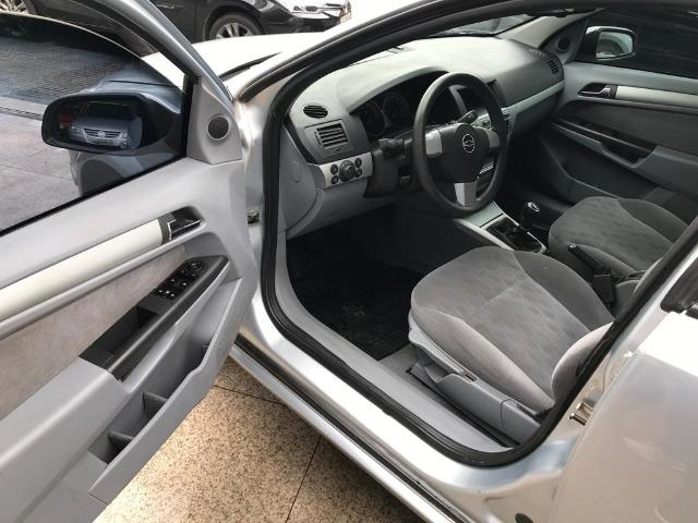 Chevrolet Vectra Sedan - Foto 7
