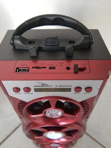 Caixinha de som com Bluetooth, entrada para pen drive, cartão de memória e rádio FM - Foto 2