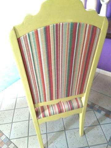 Cadeira antiga restaurada - Foto 3