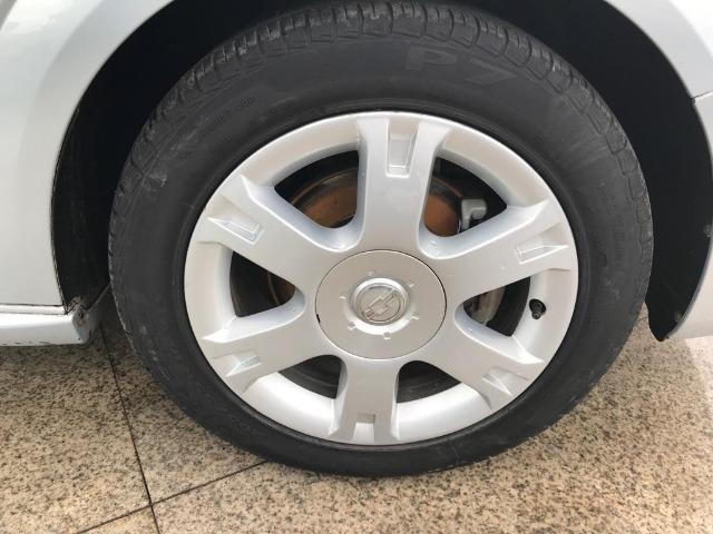 Chevrolet Vectra Sedan - Foto 11