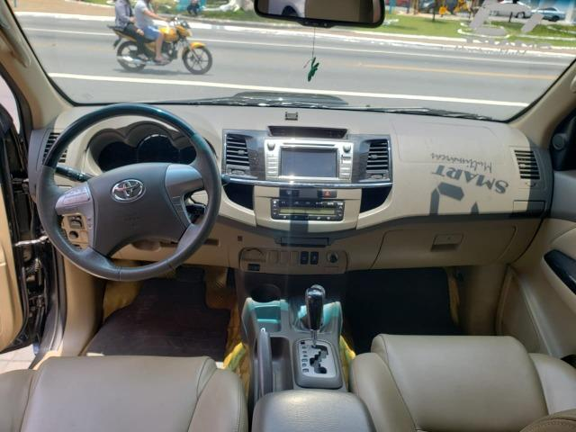 Toyota SW4 SRV 3.0 4X4 2013/2013 Preta - Foto 9