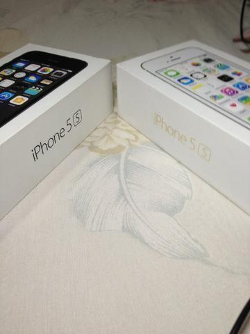 Iphone 5s Preto e Dourado Caixas Originais - Foto 3