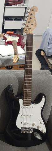 Guitarra Stratocaster Giannini