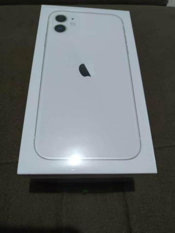 IPhone 11 64 GB Branco Novo Lacrado - Foto 2