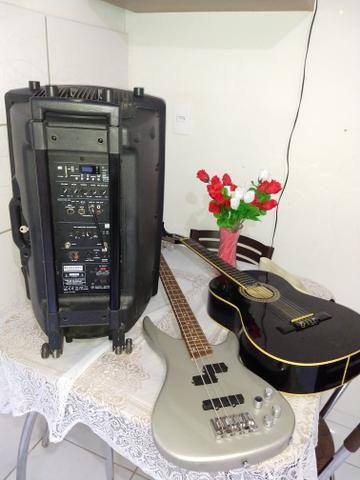 Contrabaixo Michael, violão Mênfis, caixa amplificada Power,iPhone 5 vendo esses itens! - Foto 4