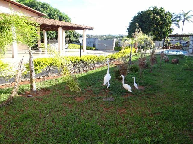 Arniqueiras QD 04 Casa 4 qts 3 suítes lazer lote 2.287m pode dividir em vários lotes - Foto 3