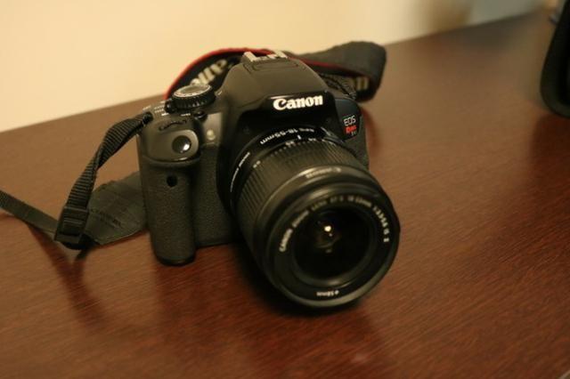 Camera Canon T4i + Lente 18-55