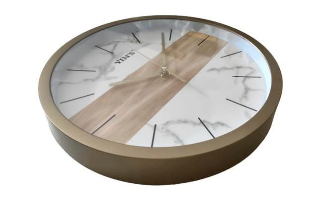 Relógio de Parede Dourado - Foto 4
