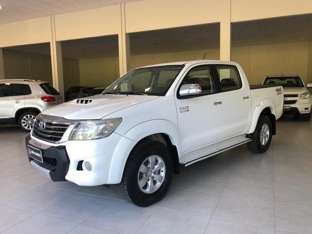 Toyota Hilux SRV 3.0 4x4 Diesel AUT. 2013 - Foto 2
