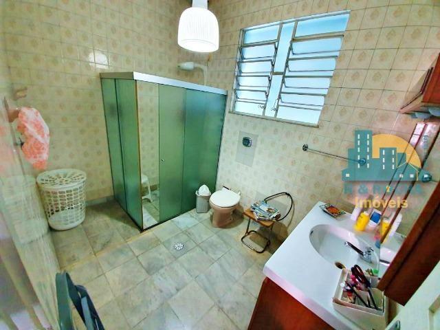 Casa com 4 quartos amplos e uma linda piscina - Duplex com 260m² - 3 vagas - Foto 9
