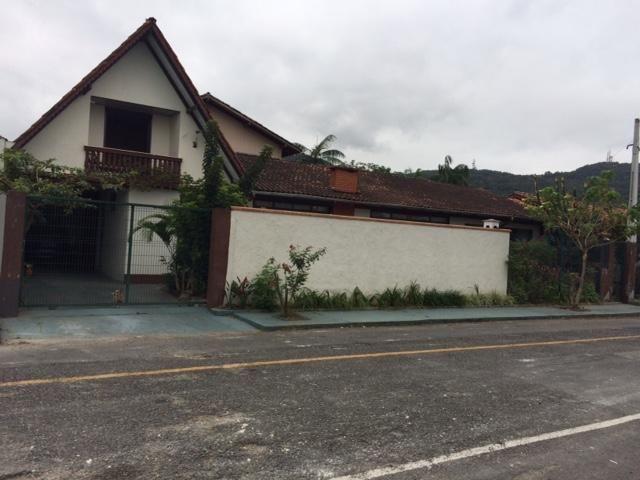 Casa à venda com 3 dormitórios em Saguaçú, Joinville cod:1197 - Foto 2
