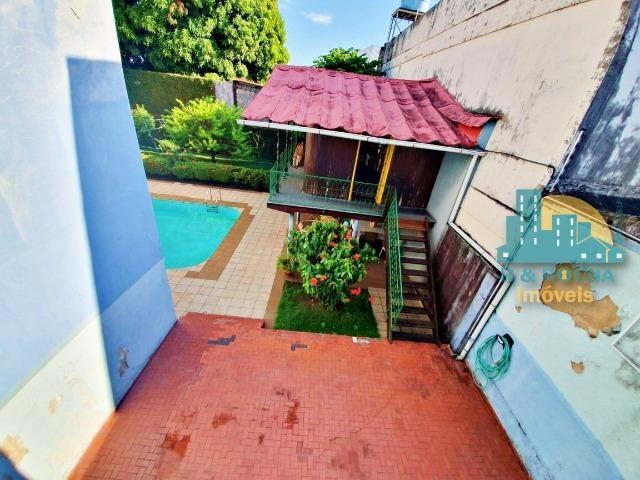 Casa com 4 quartos amplos e uma linda piscina - Duplex com 260m² - 3 vagas - Foto 2