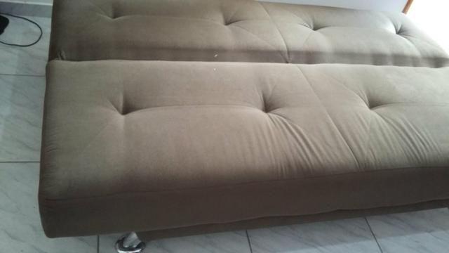 Vende -se um sofá cama retrátil - Foto 2