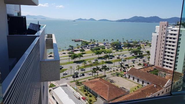 Apê 1 suíte master+2 demi-suítes, 2 vagas, próximo a Beira Mar Norte - Foto 3