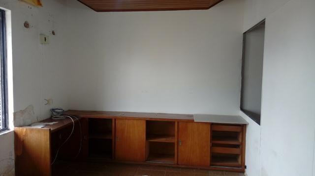 Sala próximo da CERT com 30 m2 02 divisórias 8º andar - Foto 12