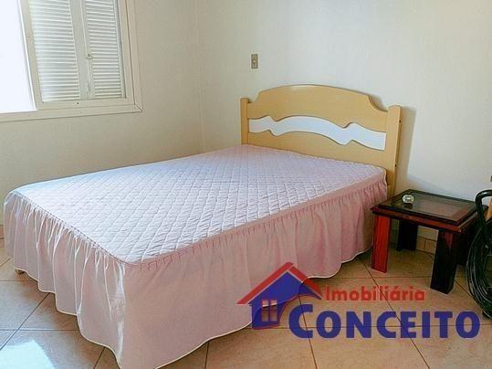 C11 - Linda residência com suíte em região de moradores - Foto 10