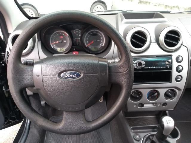 Ford Fiesta Sedan 1.6 Flex - Foto 12