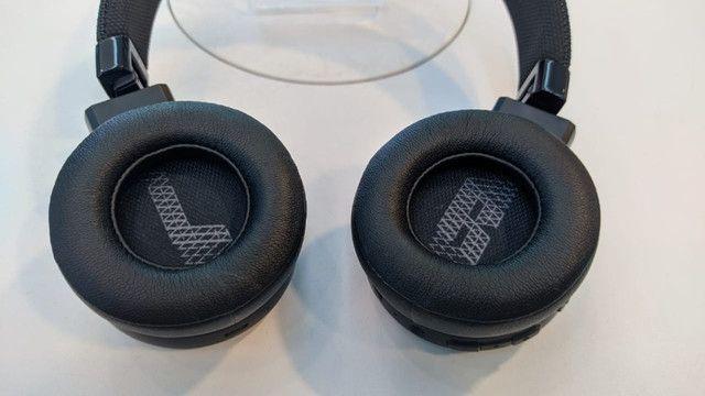 Fone Bluetooth JBL Live 400 BT (estado de novo) - Foto 4