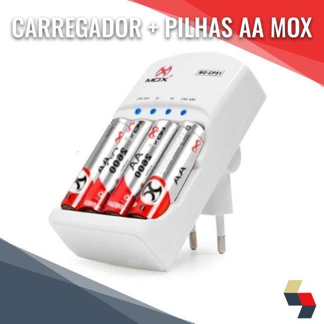 Pilhas Recarregáveis AA+Carregador Mox