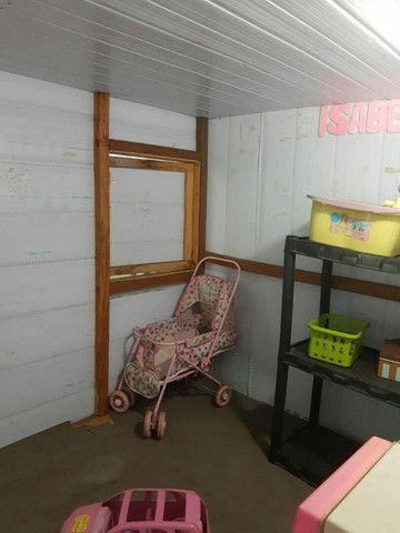 Vende-se casinha de boneca. Piso de madeira, - Foto 4