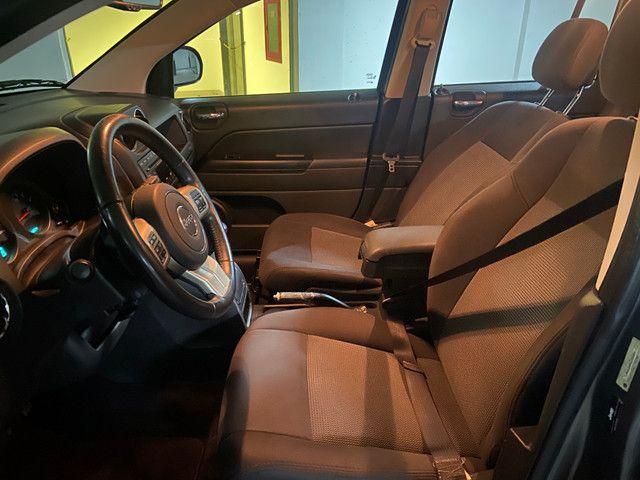 Jeep Compass Sport 2.0 automática muito nova OBS: taxa de 1%no cartao de credito - Foto 13