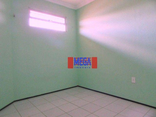 Apartamento com 2 quartos para alugar, próximo à Av. Luciano Carneiro - Foto 5