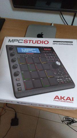 MPC Studio Black