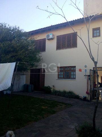 Casa à venda com 2 dormitórios em Vila ipiranga, Porto alegre cod:HM376
