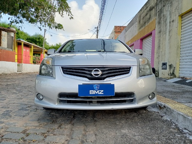 Nissan Sentra 2.0 S 16V Flex 4P Automático - Extra! Oportunidade Única! - Foto 2