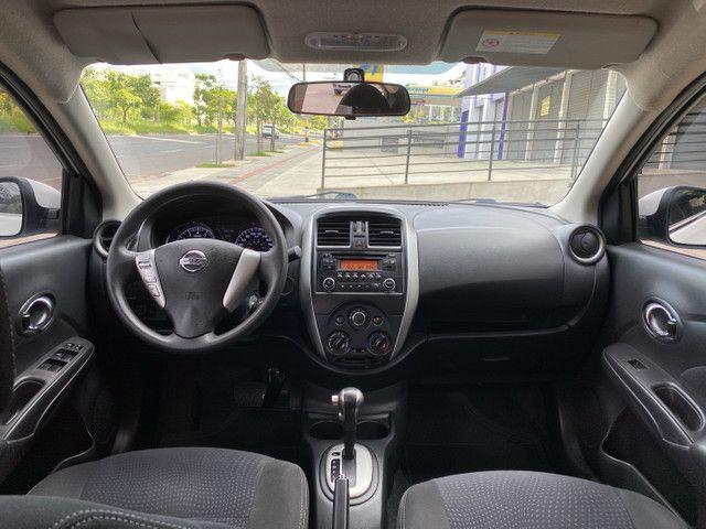 Nissan Versa SV 1.6 Aut. Flex 16/17 - Foto 8