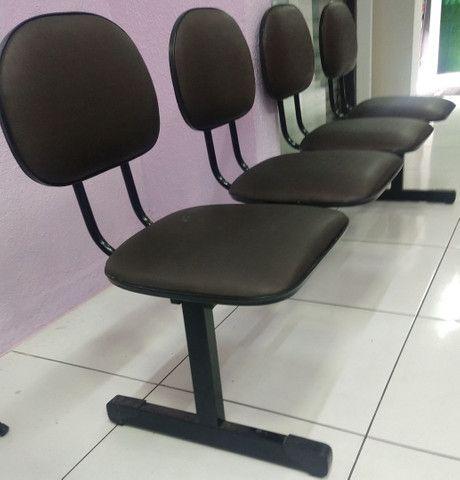 2 cadeira para salão, cadeira de espera 4 lugares, balcão  - Foto 5